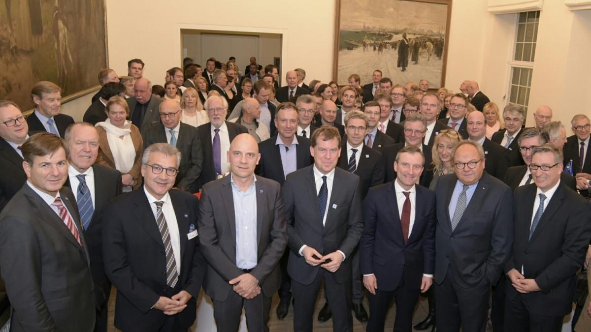 Rathaus-Empfang Für Die Repräsentanten Der Wassersportwirtschaft (Foto: Landeshauptstadt Düsseldorf/Wilfried Meyer)