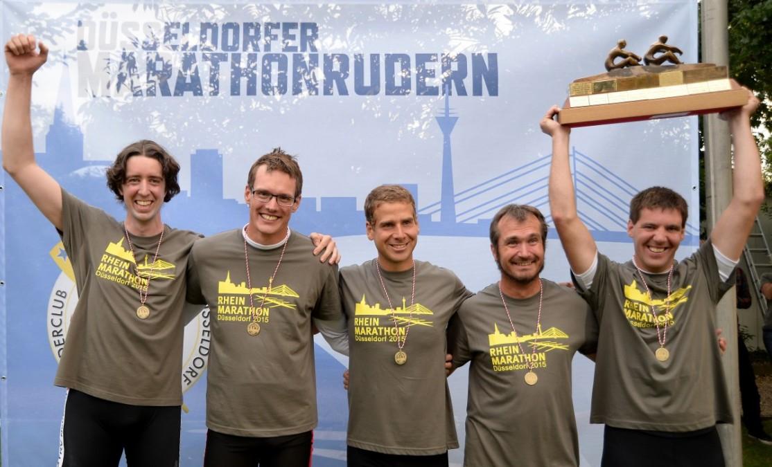 2015 10 03 Rheinmarathon Gesamtsieger Boot 184
