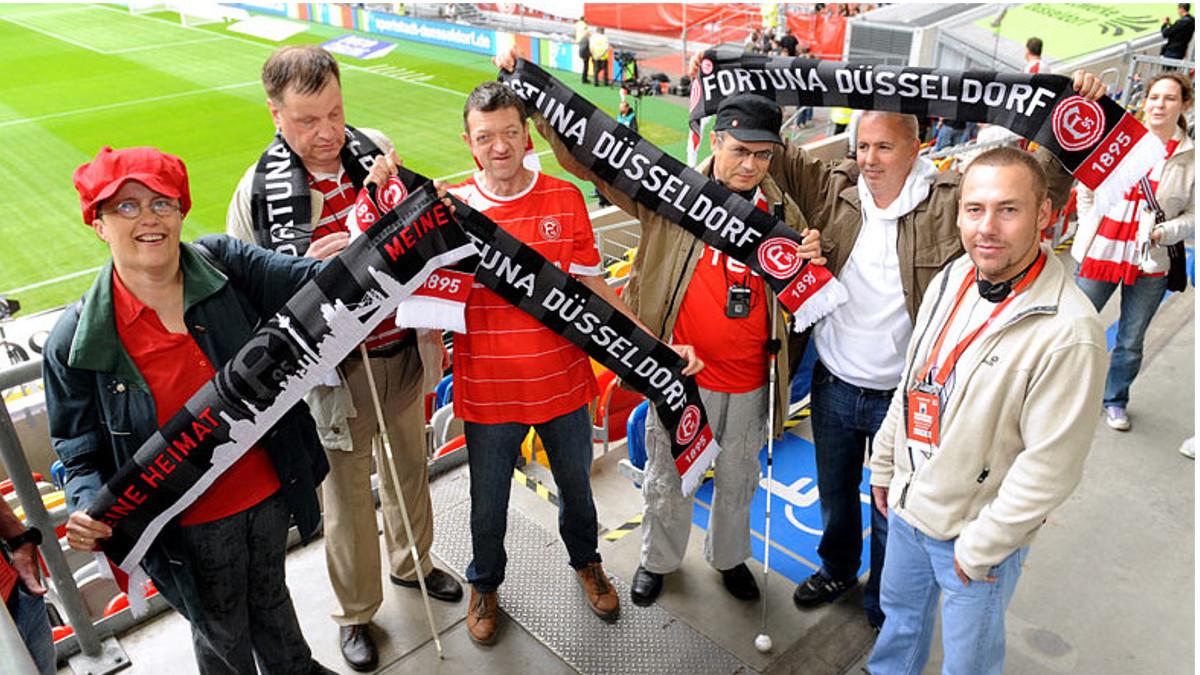 ART-Handballer Laden Sehbehinderte Zum Spiel Gegen Königshof Ein
