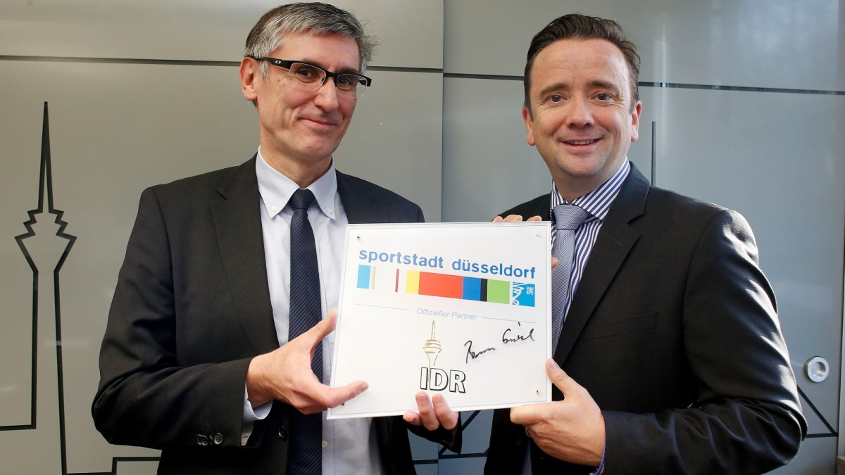 Industrieterrains Düsseldorf-Reisholz AG Als Offizieller Partner Der Sportstadt Düsseldorf Ausgezeichnet