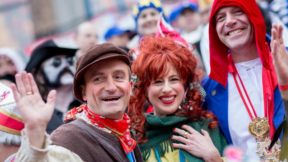 Ehepaar Geisel Mit Tour De France-Chef Christian Prudhomme (Foto: Stadt Düsseldorf/Susanne Diesner)