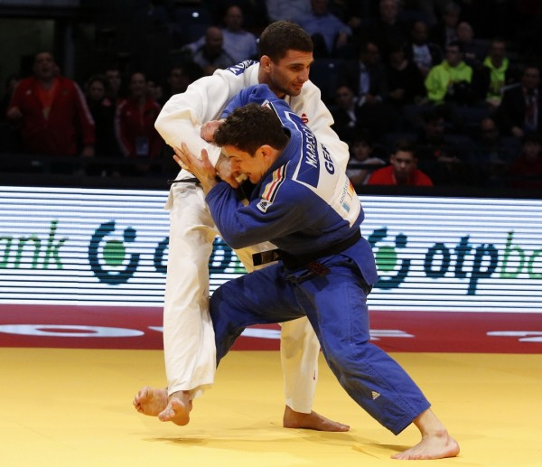 Sven Maresch in seinem Halbfinalkampf gegen den Bulgaren Ivaylo Ivanov (Foto: DJB/Falk Scherf)