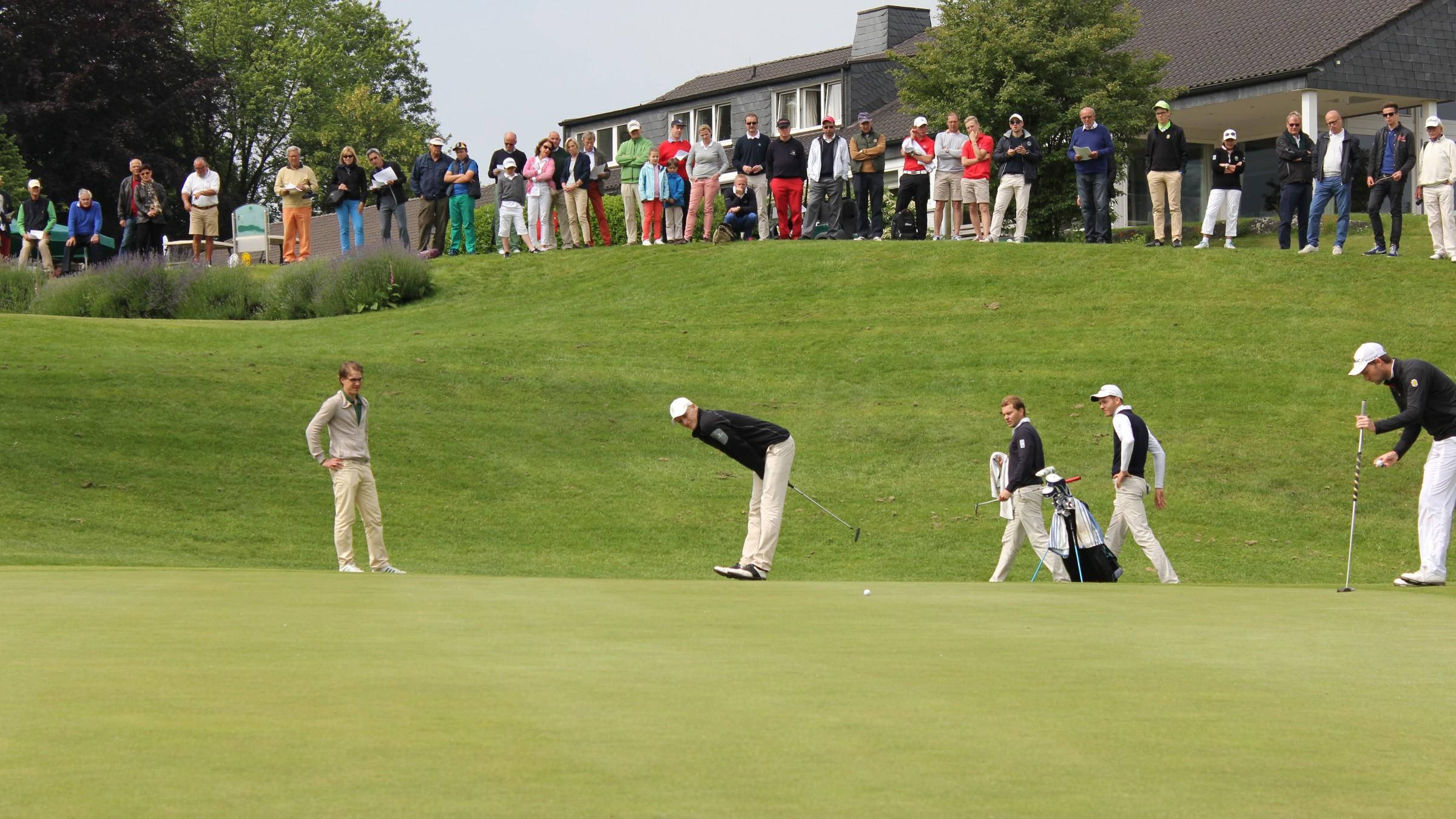 20140601 Golf Gruen 9