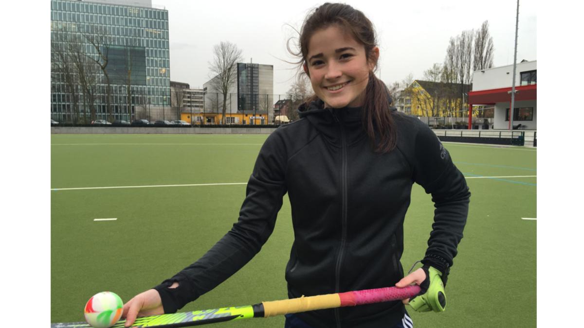 Emma Street Hockey