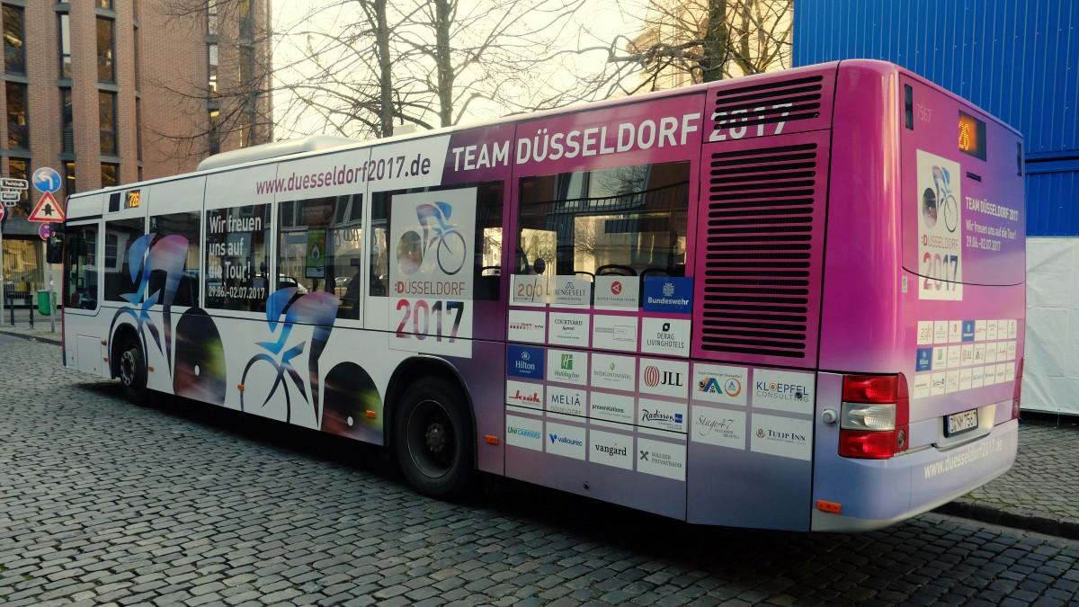 Der Team Düsseldorf 2017-Bus Der Rheinbahn (Foto: Landeshauptstadt Düsseldorf/Michael Gstettenbauer)