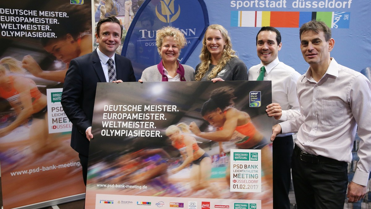 V.l.n.r.: Martin Ammermann, Geschäftsführer Düsseldorf Congress Sport & Event, Nicola Stratmann, Managing Director EVENT & FAIR Hotel Tulip Inn In Der Arena Düsseldorf, Stabhochspringerin Sandi Morris, PSD Bank Rhein-Ruhr Marketingleiter Stefan Hölzel Und Marc Osenberg, Meeting-Direktor (Foto: David Young)