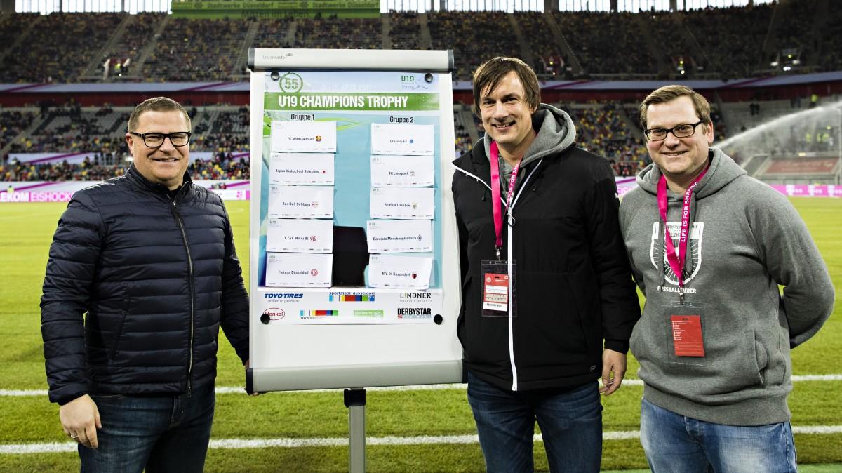 Max Eberl, Marcus Giesenfeld Und Piet Keusen Nach Der Auslosung In Der Esprit-Arena.