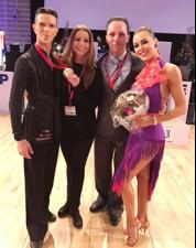 Dumitru Doga & Sarah Ertmer mit Trainerin Petra Matschullat-Horn und Trainer Sven Traut