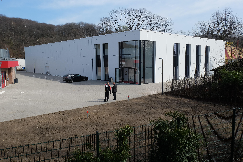 Die neu erbaute Tischtennishalle des Deutschen Tischtennis-Zentrums am Staufenplatz,(Foto: Landeshauptstadt Düsseldorf/Michael Gstettenbauer)