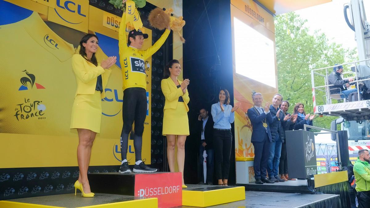Etwa 500.000 Radsport-Fans Feierten Den Start Der Tour De France In Düsseldorf