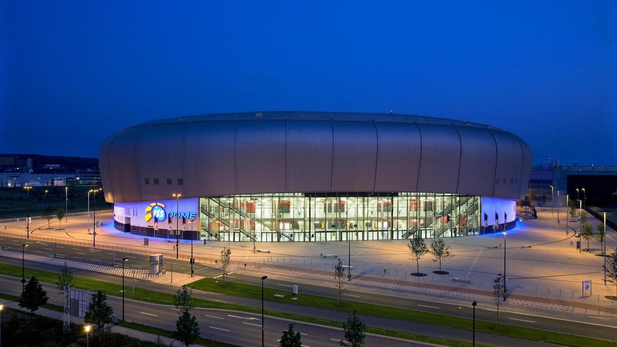 Duesseldorf Congress Sport Iss Dome Aussen 02