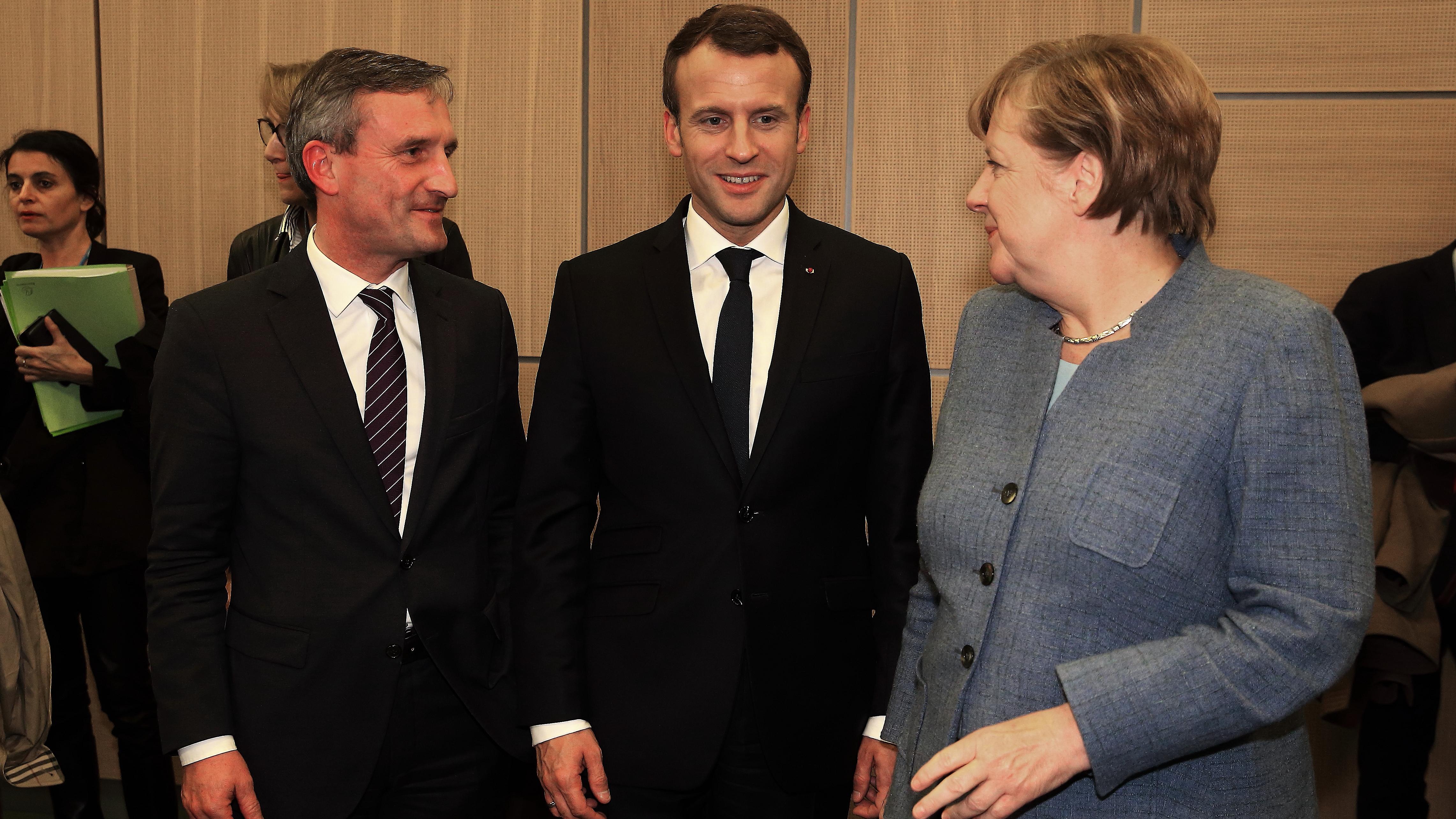 Düsseldorfs Oberbürgermeister Thomas Geisel Traf In Bonn Mit Frankreichs Staatspräsident Emmanuel Macron Und Bundeskanzlerin Angela Merkel Zusammen (Foto: Landeshauptstadt Düsseldorf)