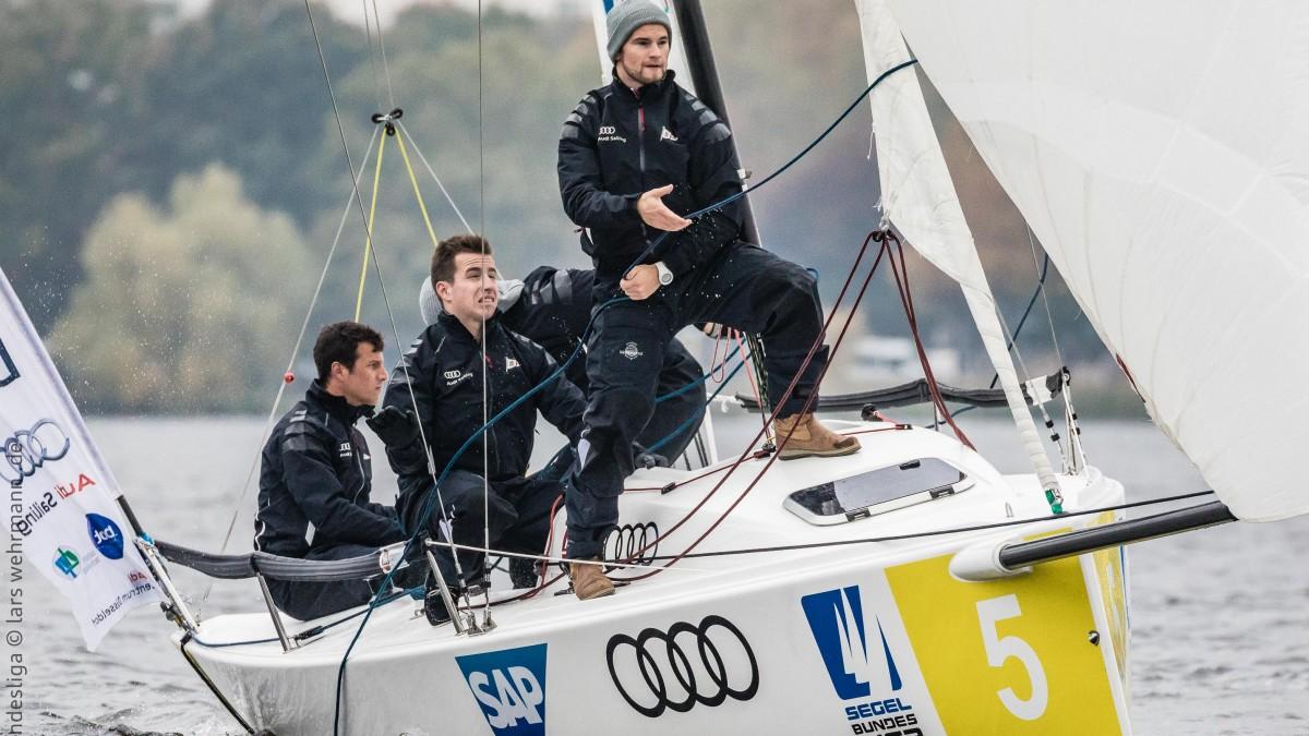 Jan-Philipp Hofmann, Nils-Henning Hofmann, Alexander Swade (von Links) Und Patrik Treichel (dahinter)  (Foto: DSBL/Lars Wehrmann)