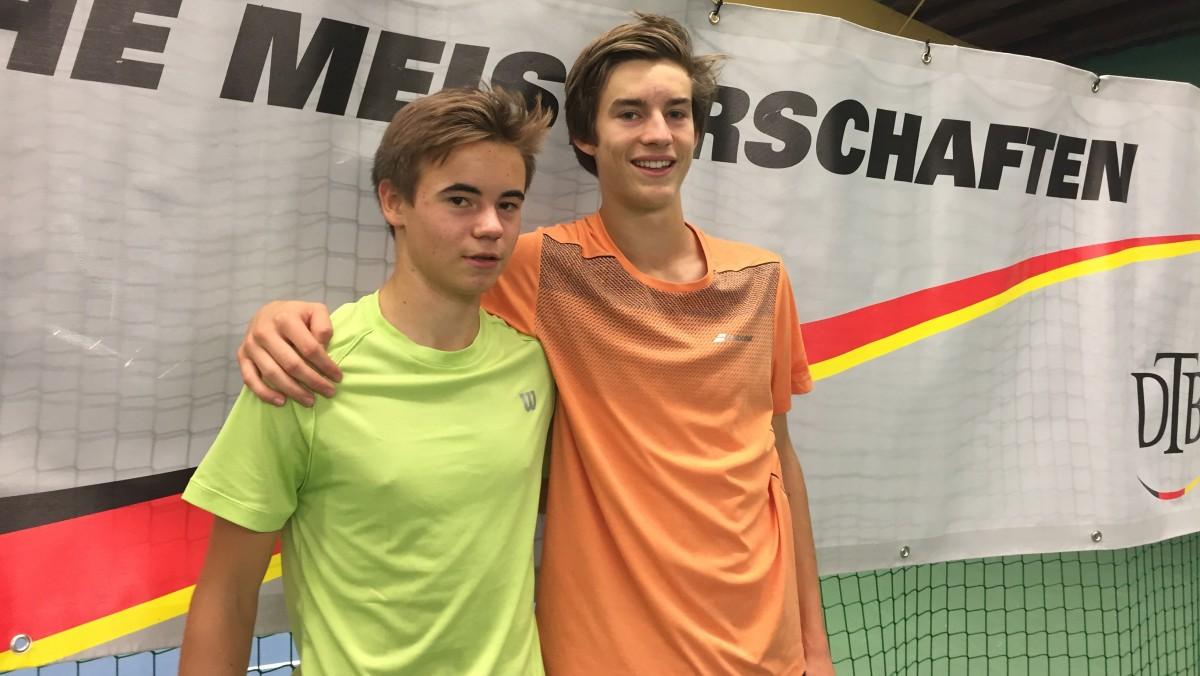 V.r.: Henri Squire Mit Seinem Doppelpartner Niklas Guttau