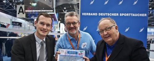 Erneuerung Der Kooperation Zwischen Dem Aquazoo Und Dem Tauchsportverband NRW