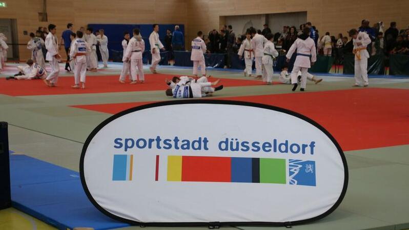 Judoka Aus Den Partnerstädten Moskau Und Warschau Bei Den 1. Düsseldorf Judo Open