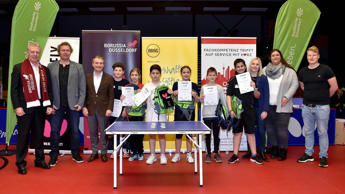 """""""Tischtennis-Pausenkönig"""" 2019 / Die Sieger Heißen Linnea Nolte Und Danial Roozitalab"""