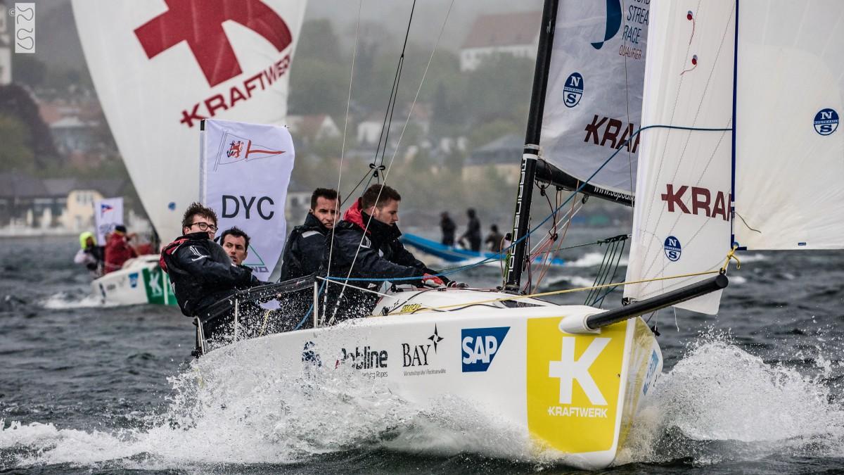 Die DYC-Manschaft Segelt Bei Stürmischem Wetter Auf Dem Starnberger See Bei Der Ersten DSBL-Regatta 2019 Auf Platz Vier (Foto: DSBL/Lars Wehrmann)