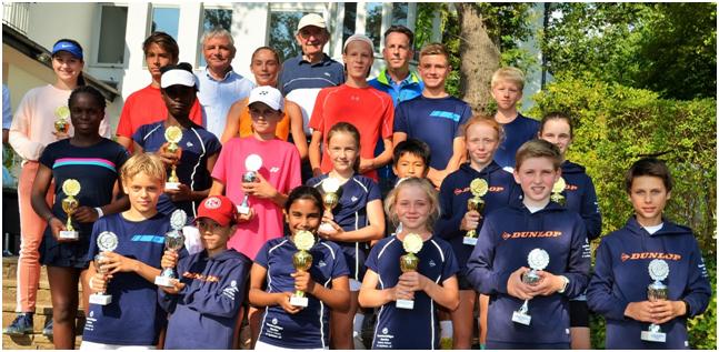Die Stolzen Finalisten Der Bezirksmeisterschaften Mit Haiko Stropp, Klaus Balzer Und Dirk Schaper (Foto: Willi Zylka)