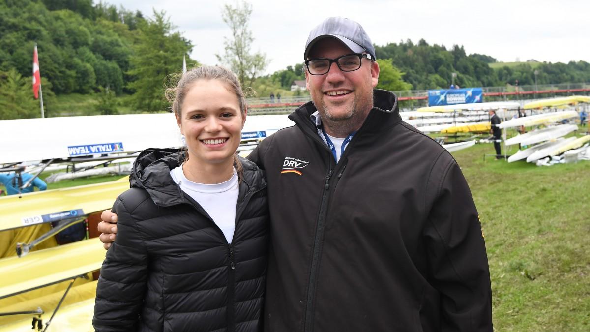 Leonie Menzel Mit RC-Trainer Marc Stallberg (Archivfoto: MeinRuderbild.de /Detlev Seyb)