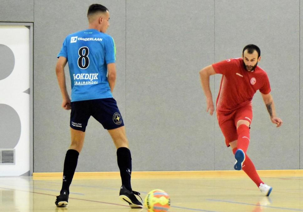 David Albert (ZVV Hovocubo), Risto Malic (F95 Futsal) (Foto: Ferry Hoks)
