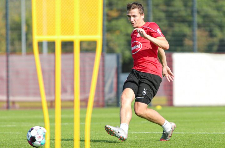 Marcel Sobottka hofft, dass das Spiel mit Ball gegen Würzburg besser funktioniert. Foto: Beele